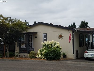 Milwaukie Single Family Home For Sale: 3500 SE Concord Rd #11