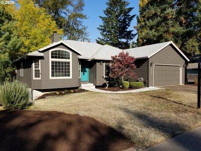 Milwaukie, Portland, Lake Oswego, Beaverton Single Family Home For Sale: 7803 SW Barnard Dr