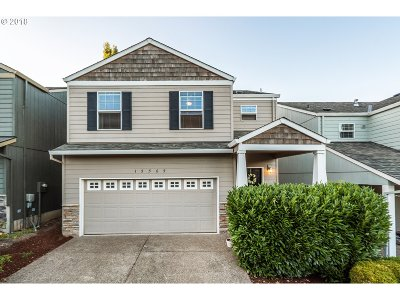 Beaverton Single Family Home For Sale: 15565 SW Redstone Dr
