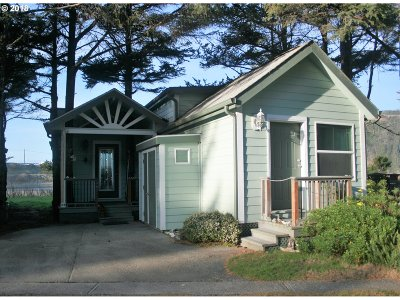 Gold Beach Single Family Home For Sale: 28788 Hunter Creek Loop #39