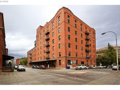 Condo/Townhouse For Sale: 416 NW 13th Ave #210