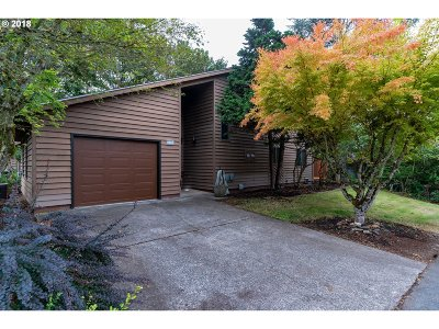Stayton Single Family Home Sold: 226 N Cedar Terrace Ct