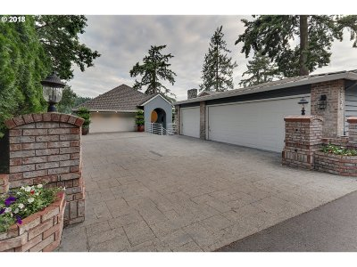 Lake Oswego Single Family Home For Sale: 2896 Lakeview Blvd