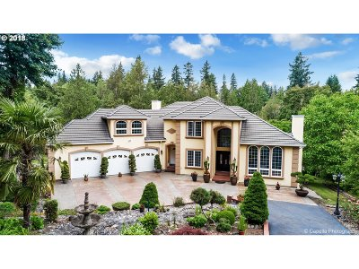 Clackamas County, Multnomah County, Washington County Single Family Home For Sale: 7040 SE 122nd Dr