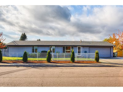 Single Family Home For Sale: 3095 SW 202nd Ave