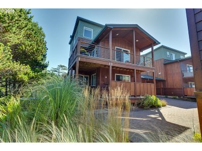 Manzanita Condo/Townhouse For Sale: 8936 Pelican Ln