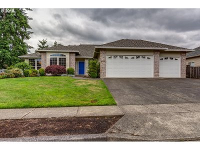 Beaverton Single Family Home For Sale: 8560 SW Turquoise Loop