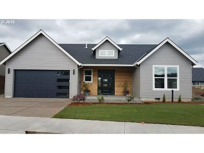 Canby Single Family Home For Sale: 1834 SE 11th Ave