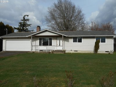 Molalla Single Family Home For Sale: 231 Shirley St