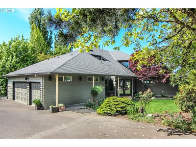 Portland Single Family Home For Sale: 2109 NW Walmer Dr