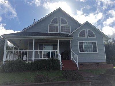 Roseburg Single Family Home For Sale: 541 Dawson Rd