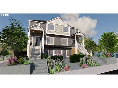 Clackamas County, Multnomah County, Washington County Multi Family Home For Sale: 2027 SE Harold St