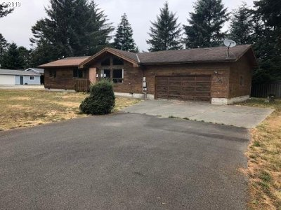 Bandon Single Family Home For Sale: 1167 6th St SE