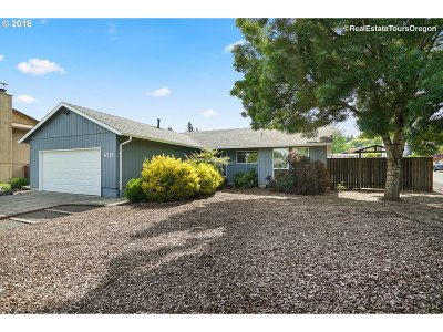 Single Family Home For Sale: 6732 SE 114th Ave