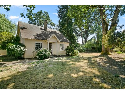 Forest Grove Single Family Home For Sale: 2230 26th Ave