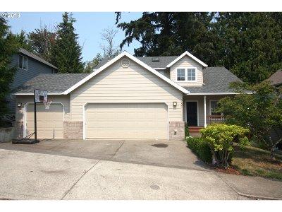Gresham Single Family Home For Sale: 5221 SE 16th Dr