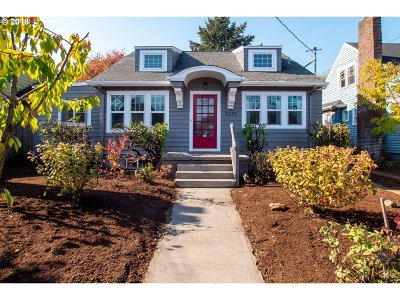 Single Family Home For Sale: 5235 N Vancouver Ave