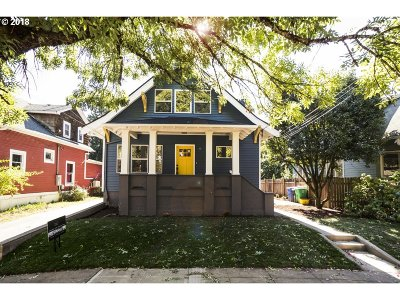Portland Single Family Home For Sale: 1416 SE Marion St