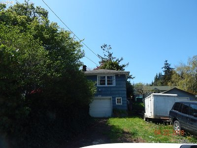 Coos Bay Single Family Home For Sale: 1175 S 10th