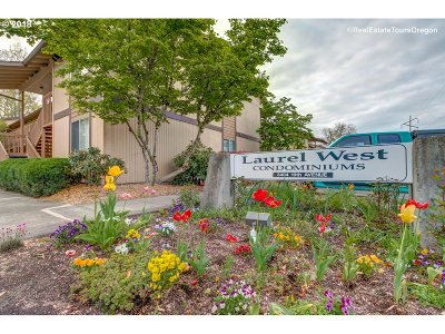 Forest Grove Condo/Townhouse For Sale: 3404 19th Ave #203