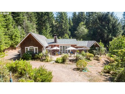 North Bend Single Family Home For Sale: 68267 Ridge Rd