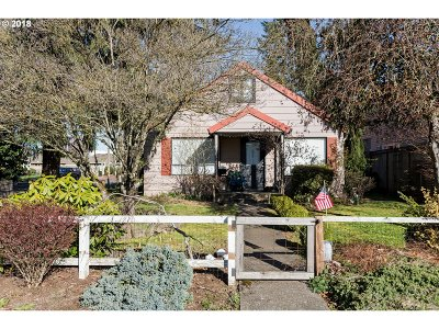 Wilsonville, Canby, Aurora Single Family Home For Sale: 690 NW 4th Ave