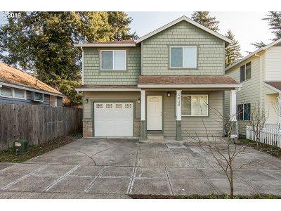Portland Single Family Home For Sale: 6408 SE 129th Pl