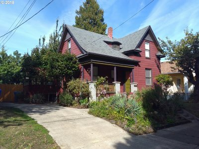 Portland Single Family Home For Sale: 1513 NE Saratoga St