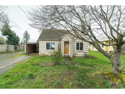 Molalla Single Family Home For Sale: 420 W Main St