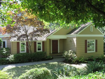 Portland Single Family Home For Sale: 7820 SW Linden Rd