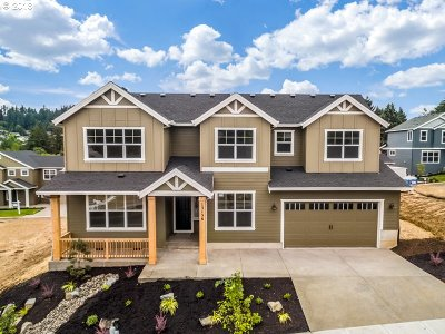 Happy Valley, Clackamas Single Family Home For Sale: 13156 SE Gateway Dr