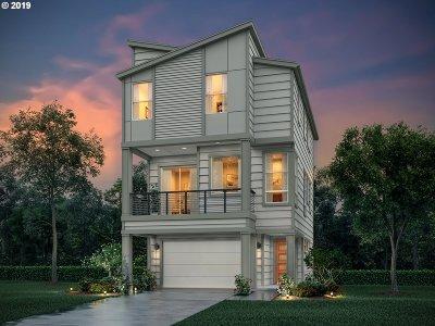 Beaverton, Aloha Single Family Home For Sale: 935 SW Adrian Ter