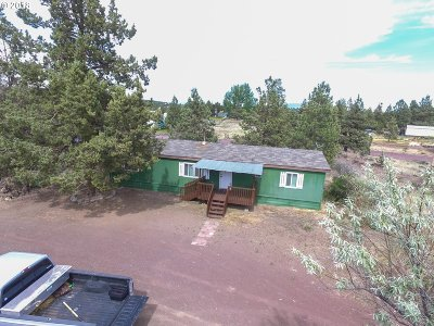 Bend Single Family Home For Sale: 20940 Hilltop Pl