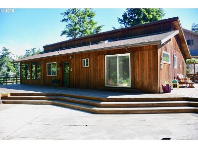 Bandon Single Family Home For Sale: 88567 Weiss Estates Ln