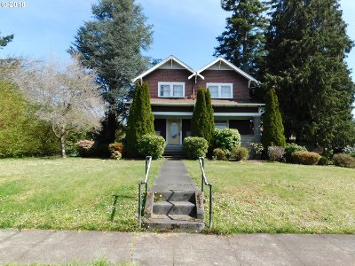 Myrtle Point Single Family Home For Sale: 525 5th