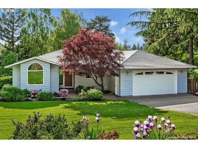 Portland Single Family Home For Sale: 12329 SW 57th Ave