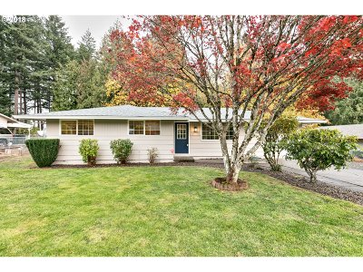 Oregon City Single Family Home For Sale: 19622 Falcon Dr