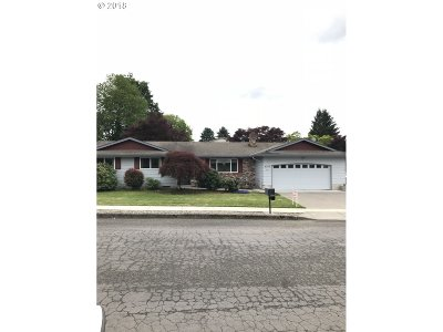 Gresham, Troutdale, Fairview Single Family Home For Sale: 4210 NE 2nd St