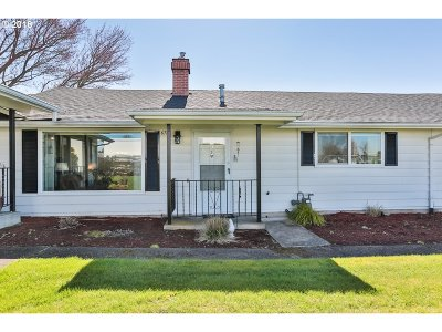 Gresham, Troutdale, Fairview Condo/Townhouse For Sale: 670 NE Fleming Ave