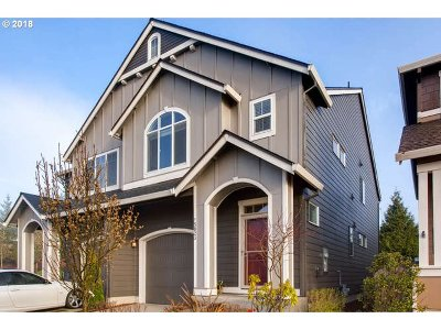 Happy Valley, Clackamas Single Family Home For Sale: 15823 SE Swift Ct