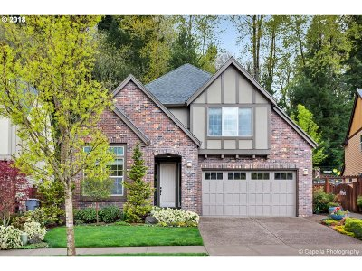 West Linn Single Family Home For Sale: 1056 Epperly Way