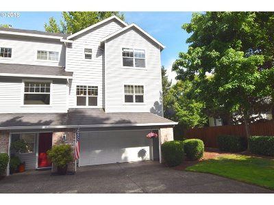 Tigard Single Family Home For Sale: 11390 SW Thunder Ter #End