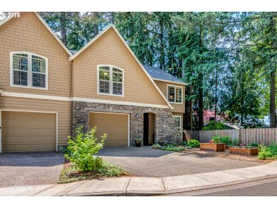 Tigard Single Family Home For Sale: 12765 SW Blue Heron Pl