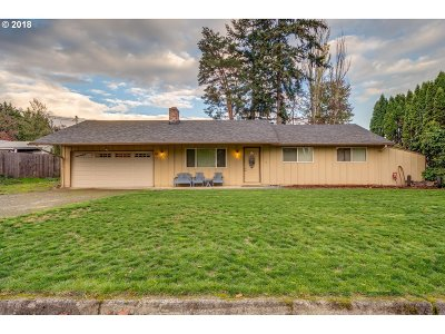Vancouver Single Family Home For Sale: 1619 SE 168th Ave
