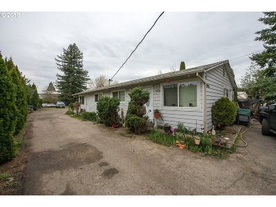 Multi Family Home For Sale: 2995 SW 214th Ave