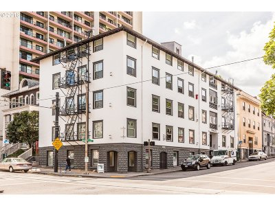 Condo/Townhouse For Sale: 1104 SW Columbia St #202