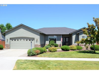 Bend Single Family Home Bumpable Buyer: 2244 SE Wind Rider Ln