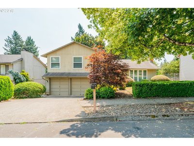 Gresham Single Family Home For Sale: 3490 SW 2nd St