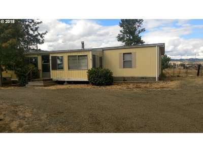 Roseburg Single Family Home For Sale: 149 Poppy Ln
