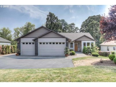 Molalla Single Family Home For Sale: 1700 Toliver Rd